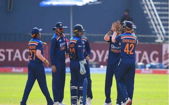 Photo of IND vs SL 2nd ODI : टीम इंडिया आज बना सकती है वर्ल्ड रिकॉर्ड, जानने के लिए पढ़िए पूरी खबर
