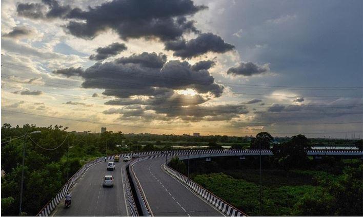 Photo of 10 जुलाई तक यूपी में बारिश होने की संभावना, जानें आने वाले दिनों मे कैसा रहेगा मौसम