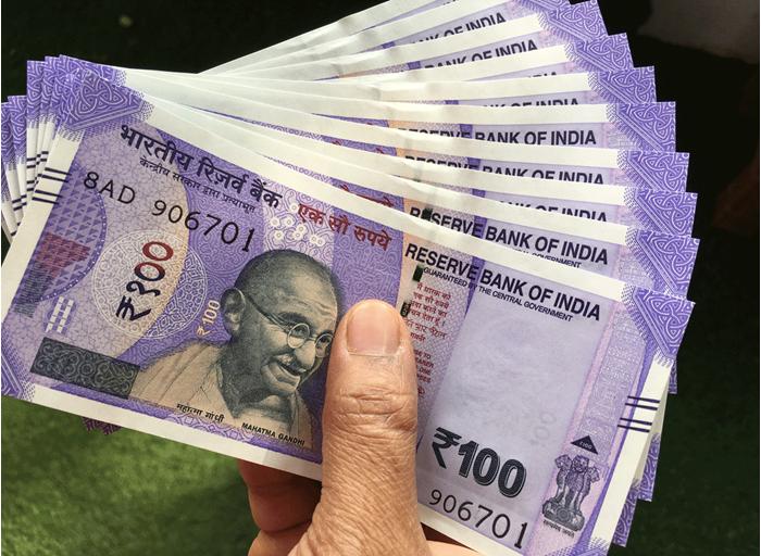 Photo of किन खाताधारकों को 2 लाख रुपए के मुफ्त बीमा कवर समेत मिलेंगे ये लाभ, स्कीम की खासियत जानने के लिए पढ़िए पूरी खबर