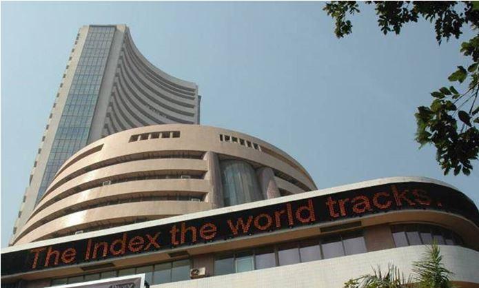 Photo of शेयर बाजार मे भारी गिरावट, निफ्टी 50 के 43 स्टॉक्स पर लाल निशान पर हुआ बंद