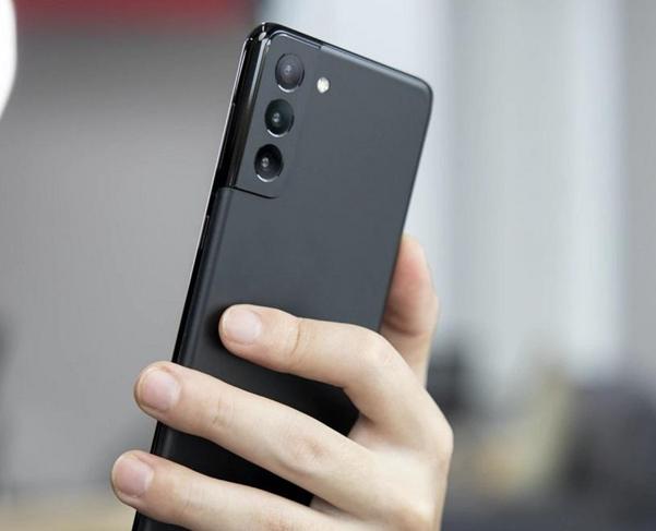 Photo of Samsung Galaxy S21 FE स्मार्टफोन जल्द हो रहा है लॅान्च, जानिये क्या है फीचर