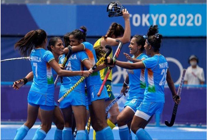 Photo of Tokyo 2020 : भारतीय हॉकी की महिला खिलाड़ियों ने ऑस्ट्रेलिया को दी मात