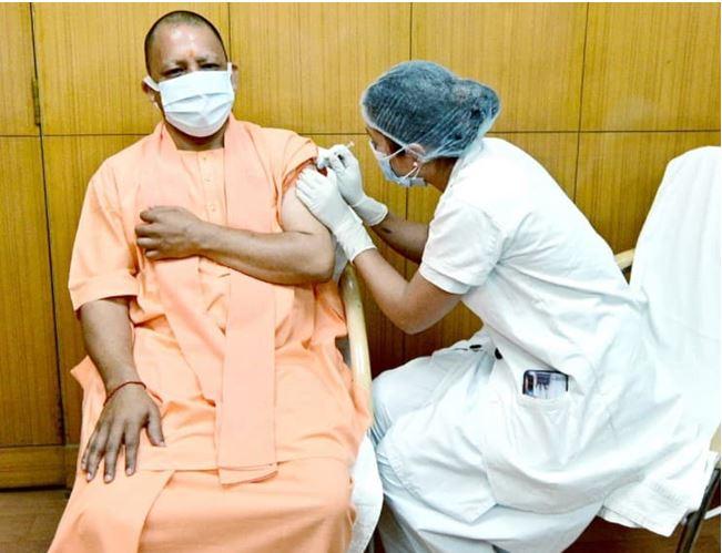 Photo of कोरोना वैक्सीन की दूसरी डोज लेने के बाद बोले सीएम योगी अब मन प्रफुल्लित है
