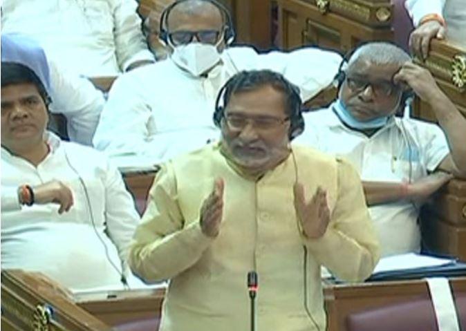 Photo of UP विधानसभा में महंगाई, बाढ़ और आरक्षण पर हंगामा: भाजपा रही है आरक्षण विरोधी-राम गोविंद चैधरी