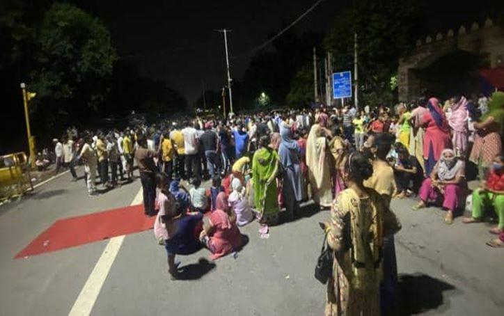 Photo of दिल्ली में नाबालिग से रेप और हत्या कर 4 आरोपी गिरफ्तार, जानिए क्या था पूरा मामला