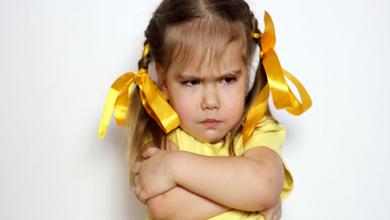 Photo of आपका बच्चा भी हो जिद्दी या करता हो बेहस तो अपनाएं ये तरीके