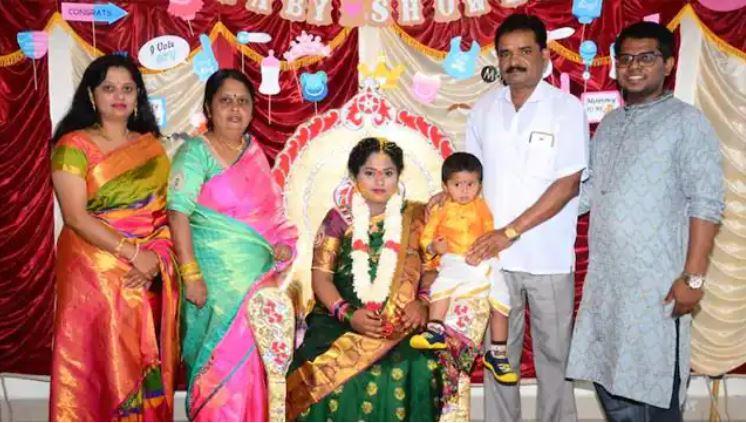 Photo of बेंगलुरु में एक ही परिवार के 5 लोगों समेत 9 साल की बच्ची की मौत, पुलिस जांच के बाद होगा खुलासा