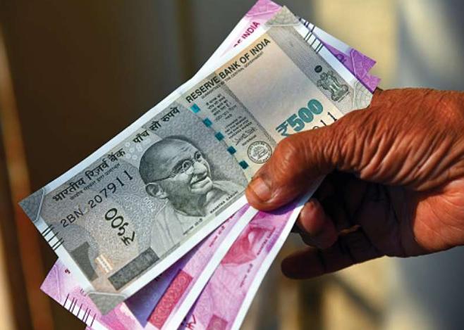 Photo of सरकार ने आर्थिक मदद देने के लिए करोड़ रुपये का फंड किया जारी