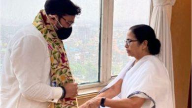 Photo of ममता बनर्जी के साथ बाबुल सुप्रियो को देख लोगो ने, कहा-अब बंगाल में भी आ गई है, नई वाशिंग मशीन